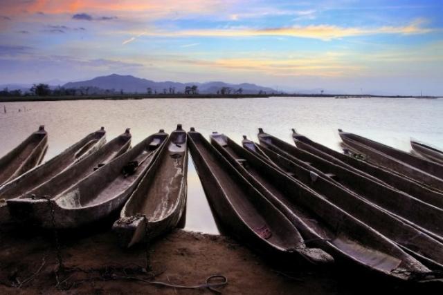Лодки. Автор: Ly Hoang Long.
