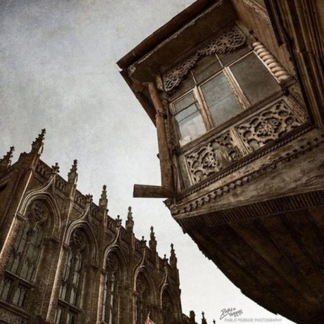 У каждого из этих зданий своя захватывающая история, тайна, и конечно же легенда.