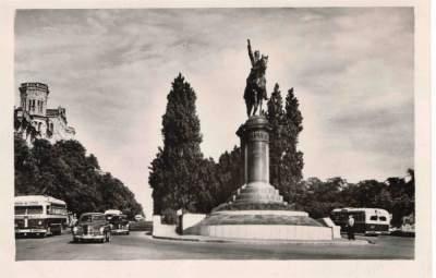 Эти архивные снимки прекрасно передают атмосферу Киева 50-х. Фото