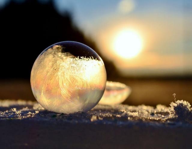Фото: Потрясающие доказательства того, что зима – гениальный художник и скульптор (Фото)