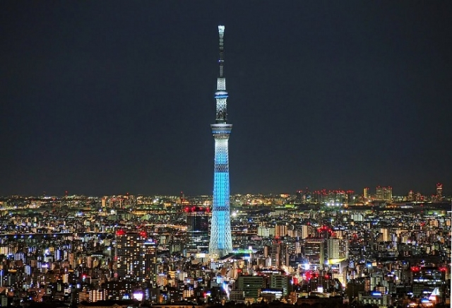 Tokyo Skytree - телевизионная башня высотой 634 метра. | Фото: cheapticketssg.files.wordpress.com.