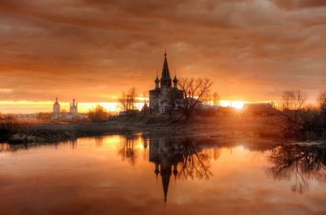красивый рассвет на реке фото - 25