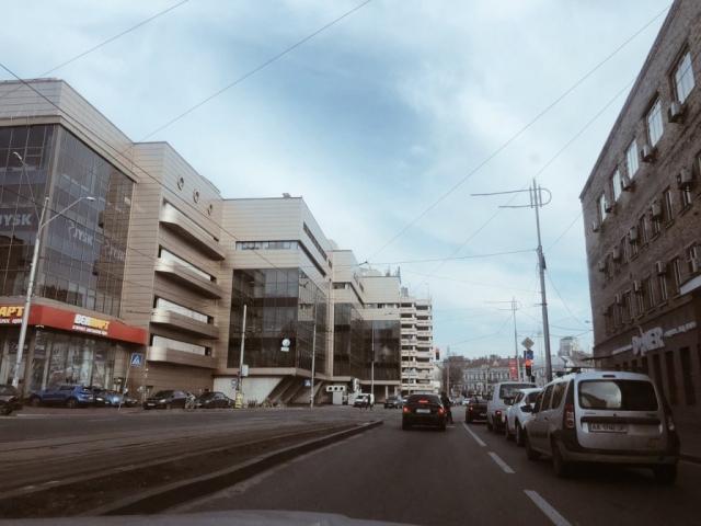 """Жилянская, возле """"Украины"""""""