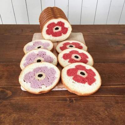"""Необычный хлеб с """"сюрпризом"""". Фото"""