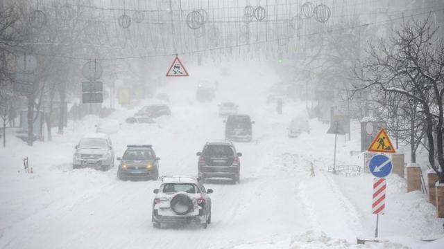 Зима придет, когда не ждали. Синоптики рассказали, каким будет ноябрь в Украине
