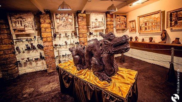 Сладкая экспозиция. Около 150 экспонатов рассказывают об истории появления шоколада. Фото: sinkevich.od.ua