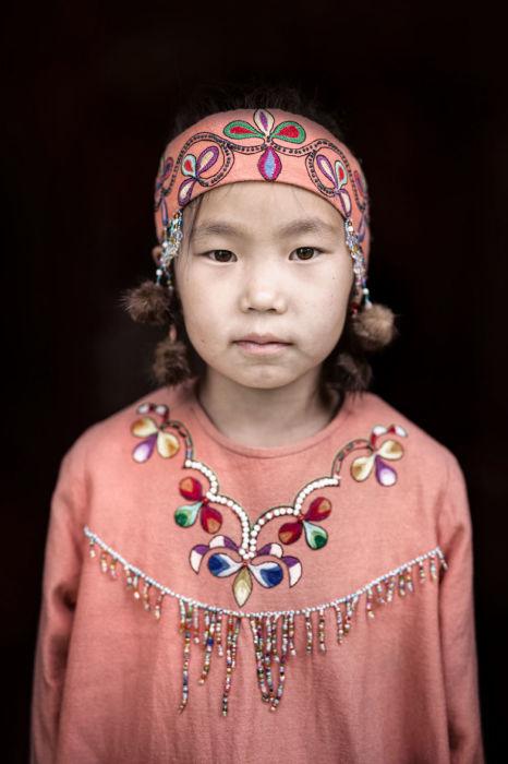 Негидальская девочка. Автор: Александр Химушин.