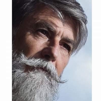 60-летний француз покорил Сеть своим стилем. Фото