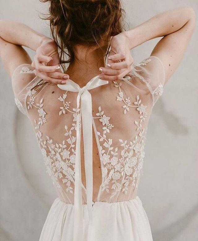 Восхищает каждая деталь.#стиль@woman.blogby Nadia Manzato - 2