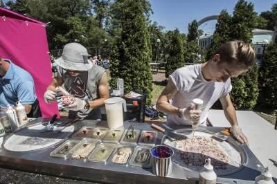 В Киеве прошел фестиваль мороженого: яркие кадры