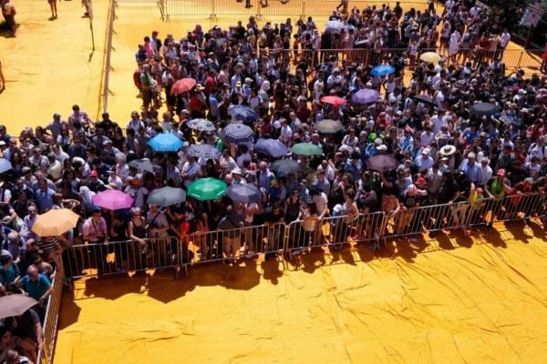 Плавучие причалы в Италии, длиной 3 километра, покорили местных жителей и туристов (11 фото)