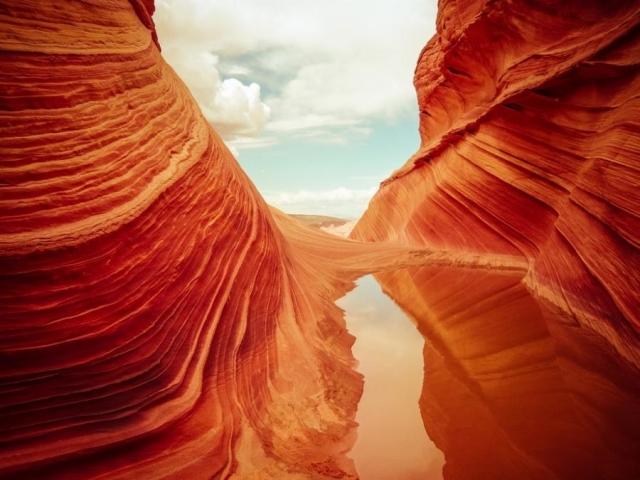 Разноцветные горы, раскрашенные самой природой
