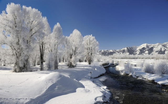 Зимние обои на рабочий стол река зимой