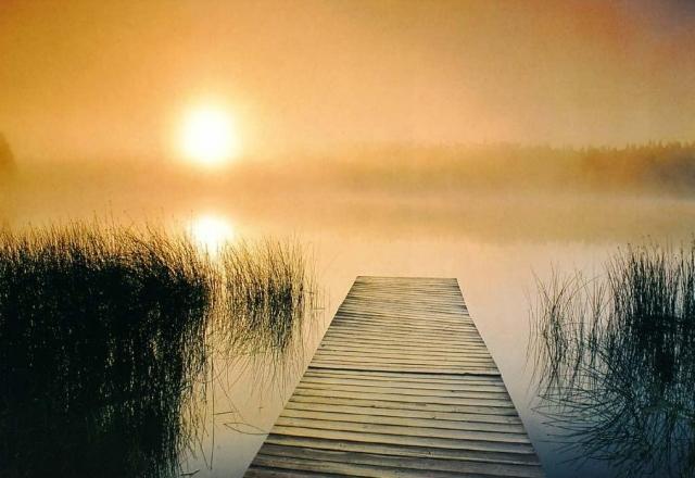 рассвет у реки фото - 09