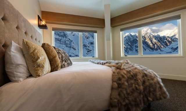Фото: Для тех, кого достала суета: отель уединения на Аляске (Фото)