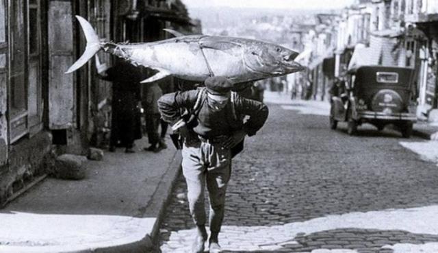 Рыбак. Турция, Стамбул, 1930 годы.