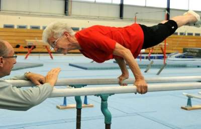91-летняя гимнастка покорила Instagram. Фото