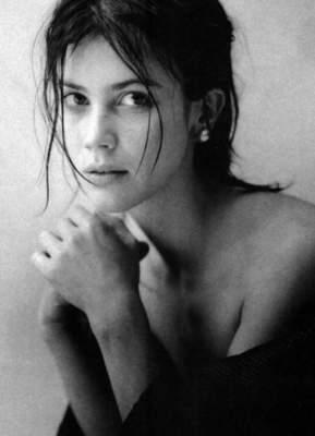 Женская красота в провокационных снимках французского мастера. Фото