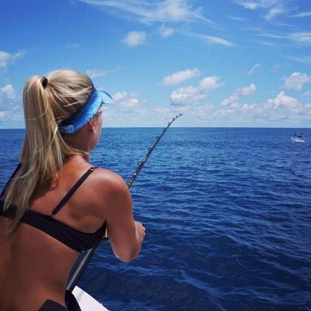 Красивые девушки, которые сломали все стереотипы о рыбалке (Фото)